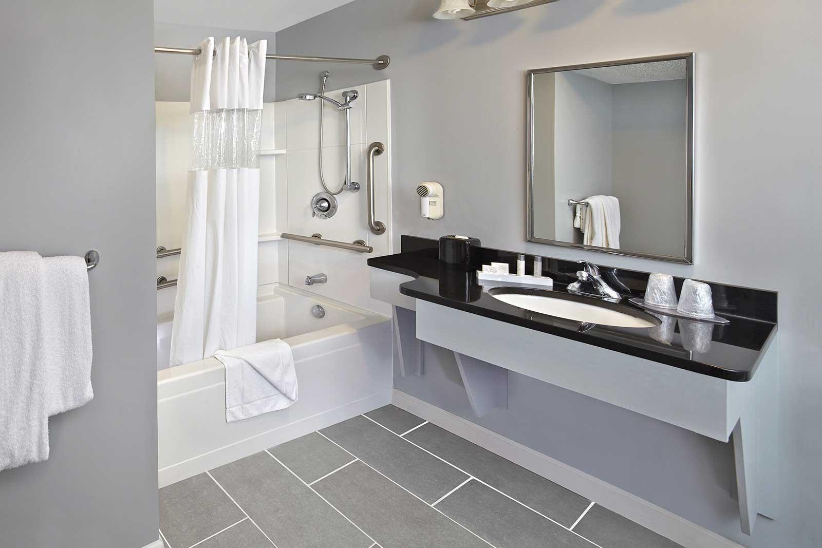Ada Suite New Haven Village Suites